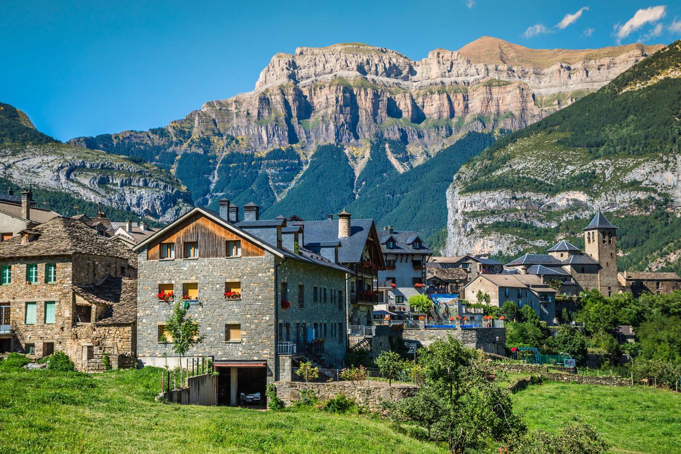 Pireneusok átkelés,Roland-hágó Pireneusok #73b9d60a-c342-426c-89eb-4aa729974cb1